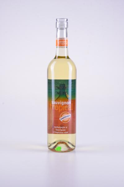 Sauvignon, pozdní sběr, polosuché, 2015 – Znovín