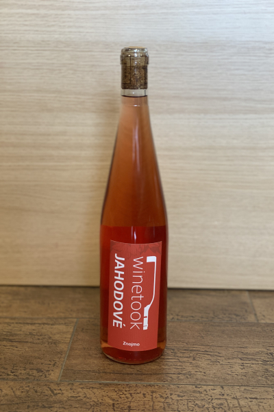 Jahodové víno - Winetook / Malovaný Sklep